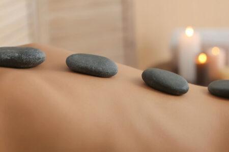 Massaggio hot-stone